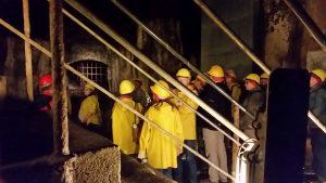 Führung durch den Lavakeller von Mendig. Ein erkalteter Basaltlava-Strom